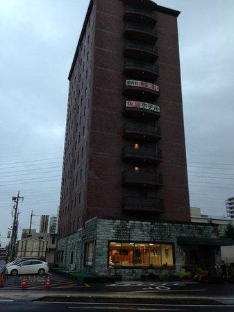 Excel Inn Oyama: 駅の目の前です。