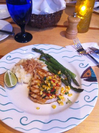 Anthony's Homeport Des Moines: delicious meal