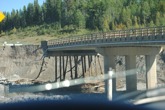 Elbow Falls Provincial Recreation Area: Damaged bridge on Highway 66