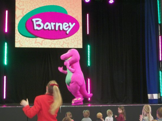 Bognor Regis, UK: The Pink Dino Show