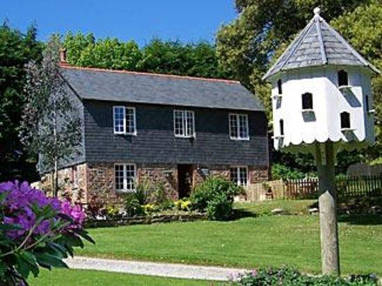 Trenant Park Cottages