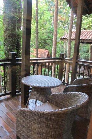 Berjaya Langkawi Resort - Malaysia : Rainforest Suite/Studio balcony