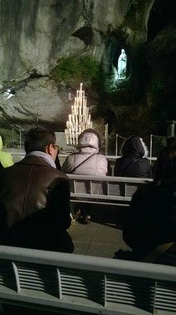 Sanctuaire Notre Dame de Lourdes : La grotta dell'Apparizione