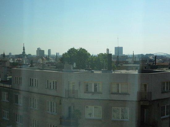 Ibis Bratislava Centrum: hotel room view 2