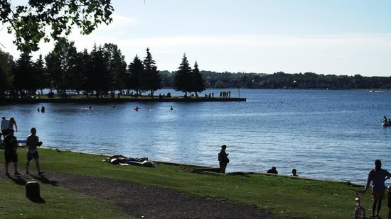 Bars & Pubs in Sylvan Lake