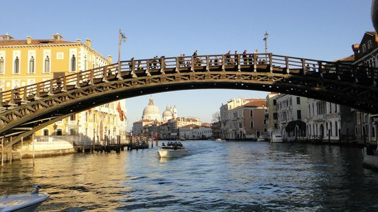 Ponte dell'Accademia: the bridge