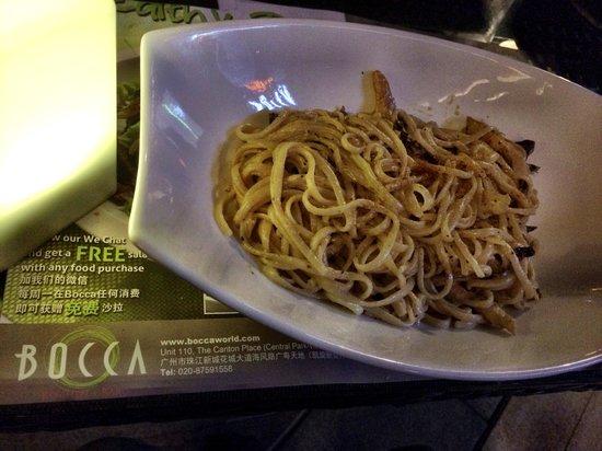 Bocca Kitchen + Bar: Cajun Sundried Chicken Linguine.. Lip-smacker!