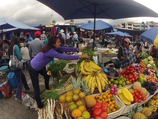 Otavalo Market: Эквадорские бананы