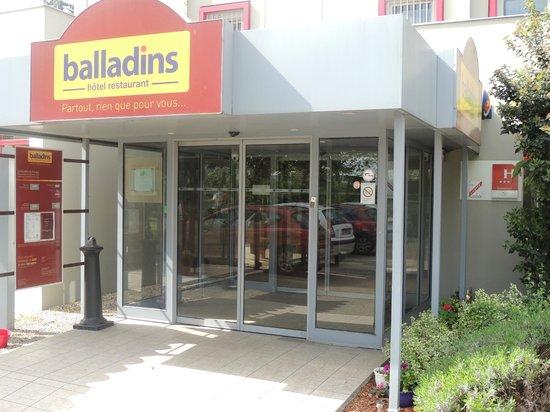 Hotel balladins Bobigny: Accueil