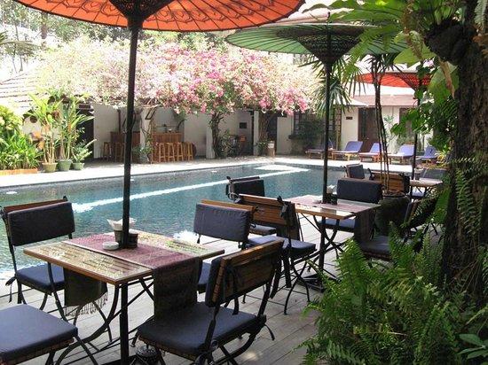 Savoy Hotel Yangon: pool