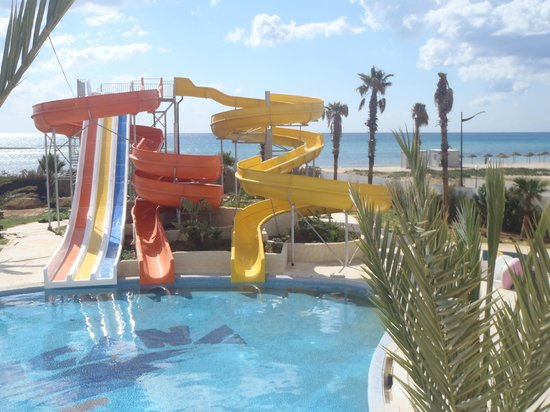 Tui Magic Life Africana: Our new waterslides - nos nouveaux toboggans