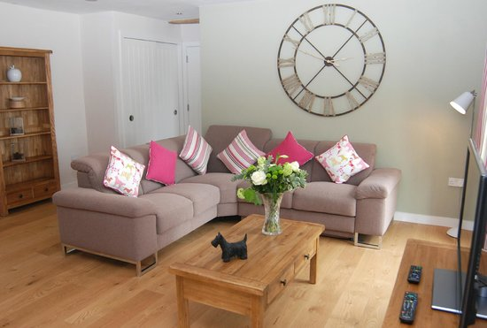 Fullers Hill Cottages: The Stables living room