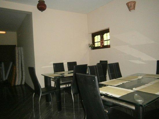 Casamaria Beach Resort: Dining area on top floor