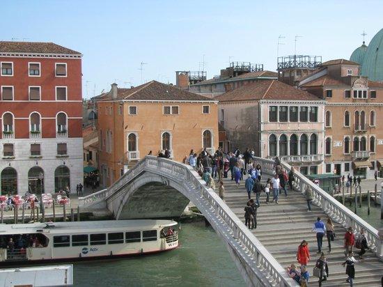 B4 Bellini Venezia : vista da janela do quarto
