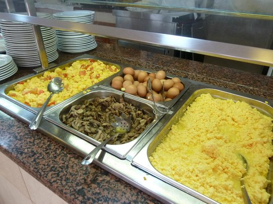Aparthotel Parque de la Paz: food
