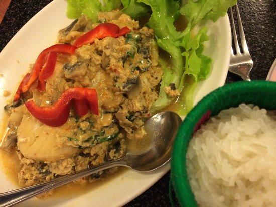 Two Sisters Lao Thai Restaurant: Hor Mok