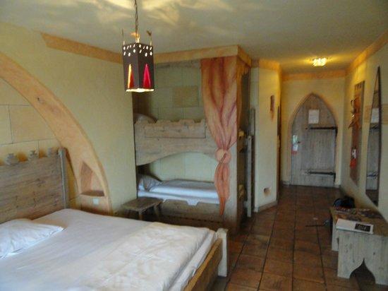 Hôtel Castillo Alcazar : chambre