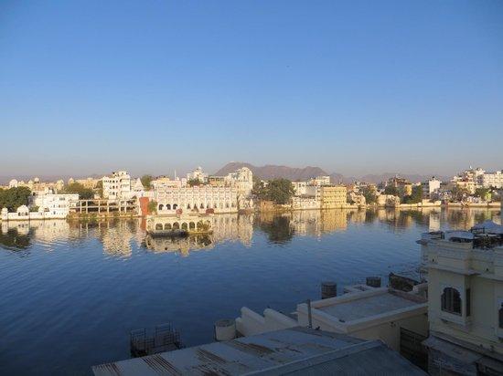 Hotel Aashiya Haveli: roof top views