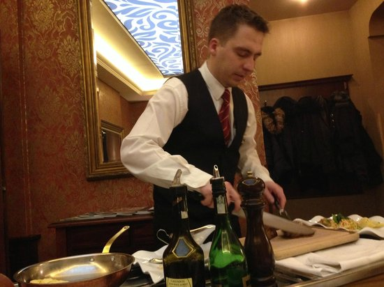Hotel Promenada Restaurant: Горячее мороженое