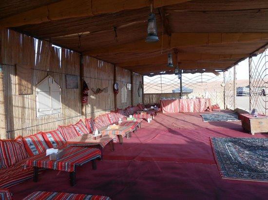 Desert Retreat Camp : Salle à manger