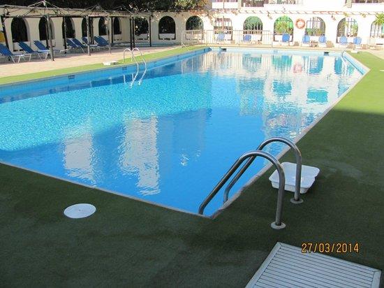 Navarria Hotel: Swimming Pool