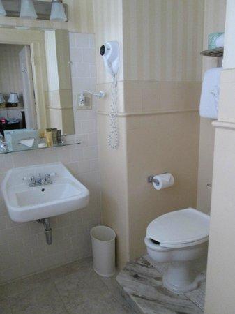 Hotel Whitcomb: Sanitärbereich