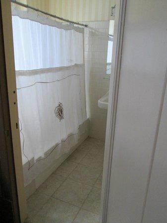 Hotel Whitcomb: Unser Blick auf die Badewanne
