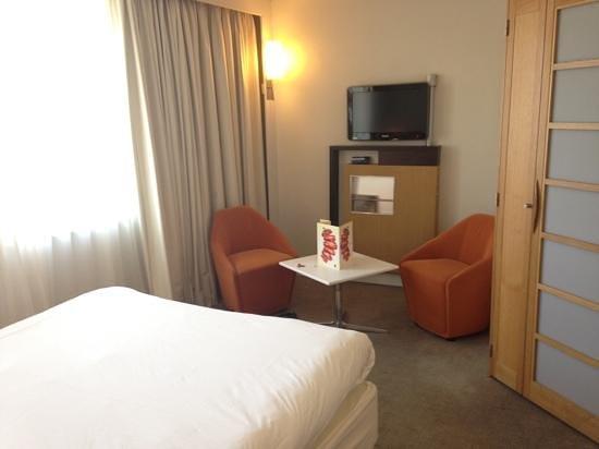 Novotel Liverpool: Queen Room
