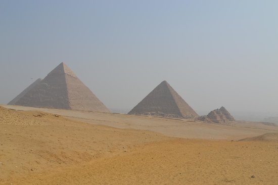 Ramasside Tours - Day Tours: Pyramids at Giza