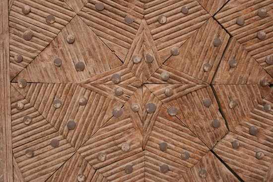 Abyaneh Village : Detail of a wooden door