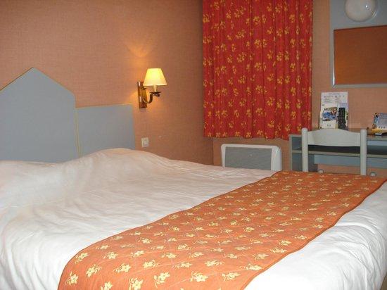 Comfort Hotel Beaune : kamer 2