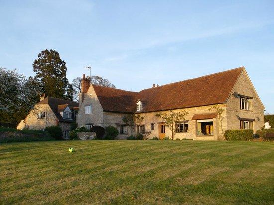 Church Hill Farm B&B: Rear of the property