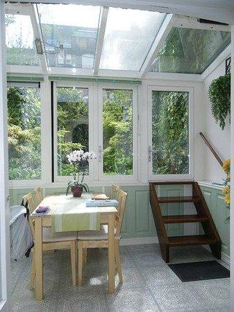 Parkzijde Bed & Breakfast: Zona del jardin
