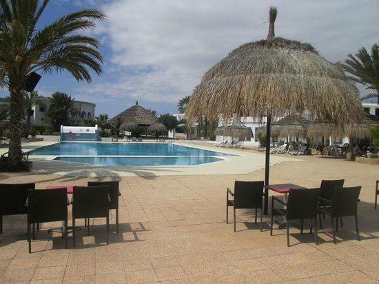 Hotel Cedriana: belle piscine extérieure
