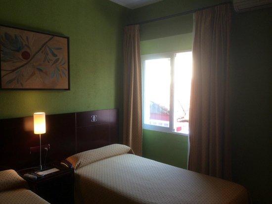 Hotel Carlos V: Notre chambre