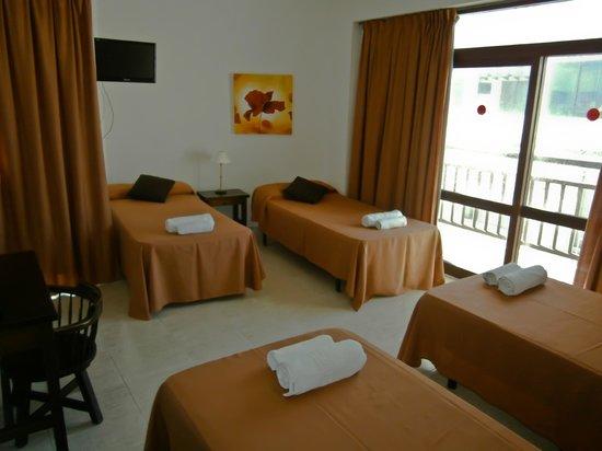 Hotel Galera : habitacion 4 pax