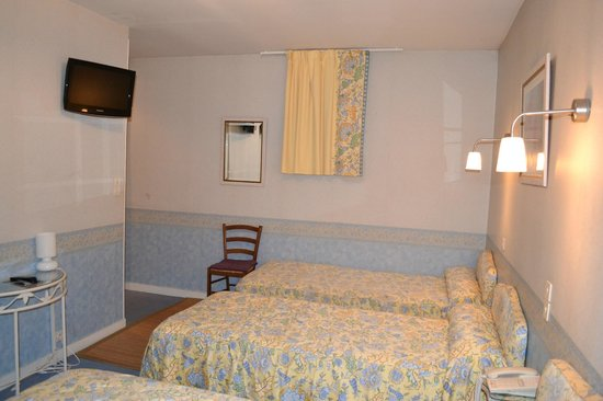 Hotel le Castel : chambre triple