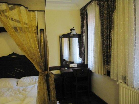 Hotel Alp Guesthouse: Camera da letto tripla