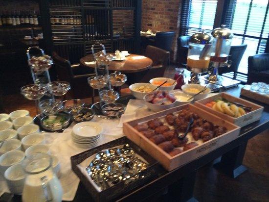 Dakota Nottingham: Breakfast buffet