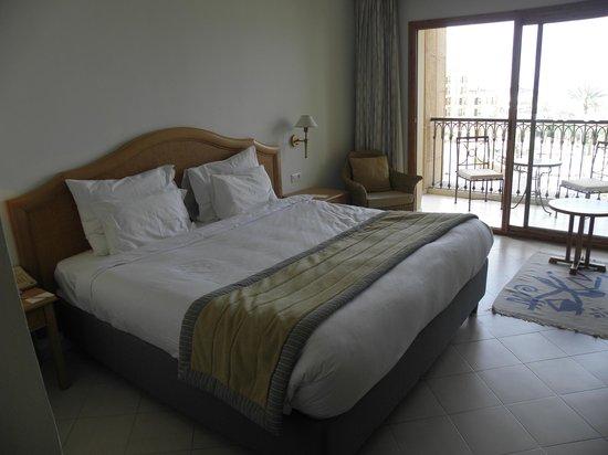 Moevenpick Resort & Marine Spa Sousse : room