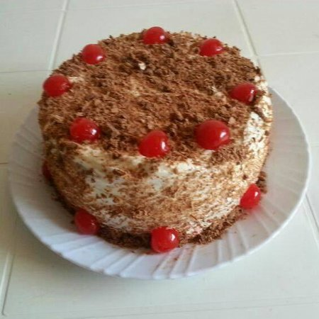 Alshaz's takeaway: black forest cake in Musoma(worth a try)