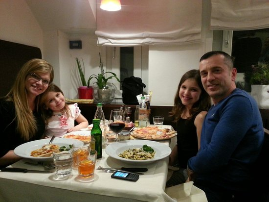 Pizzeria Da Roberto: Compleanno da roberto
