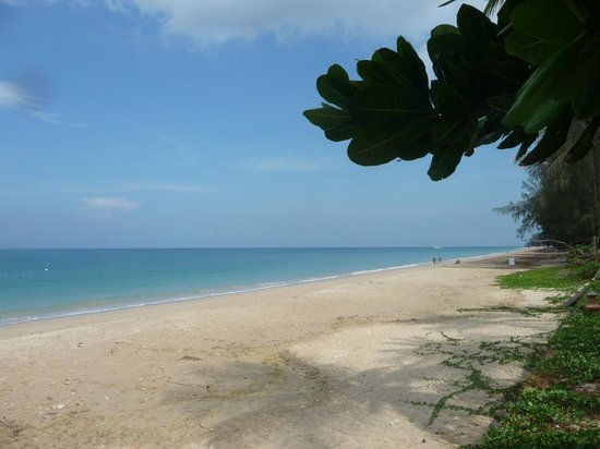 Lanta Casuarina Beach Resort: Lanta Casuarina - La plage