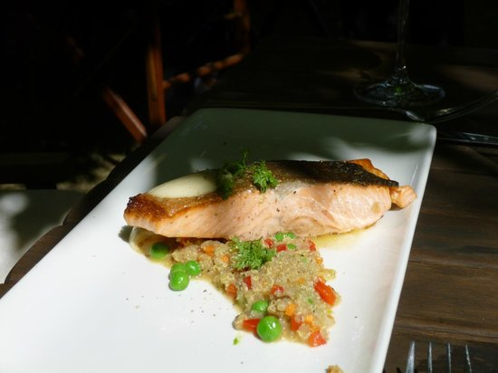 Hans Herzog Estate: salmon on pearl barley - rather disappointing