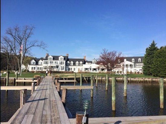 Inn at Perry Cabin by Belmond: The resort from the dock
