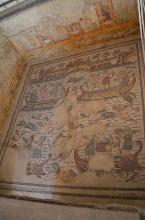 Villa Romana del Casale: Mosaics of people fishing