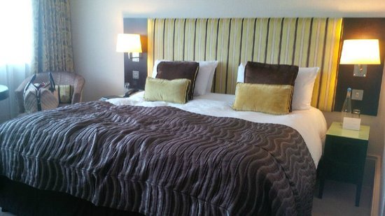 The Cavendish London: Comfy bed
