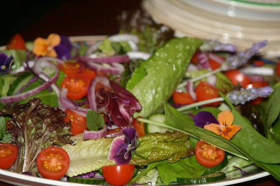 Thyme at Rosemary's Restaurant: Salad