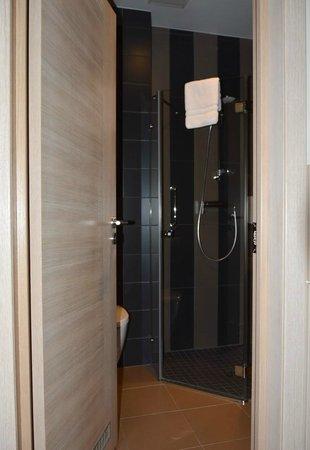 Wellton Centrum Hotel & SPA : Ванная