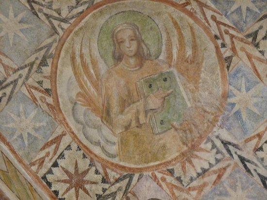 Basilica Santuario dei Ss. Vittore e Corona